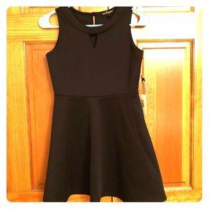 Girls size 12 party dress. Black NWT